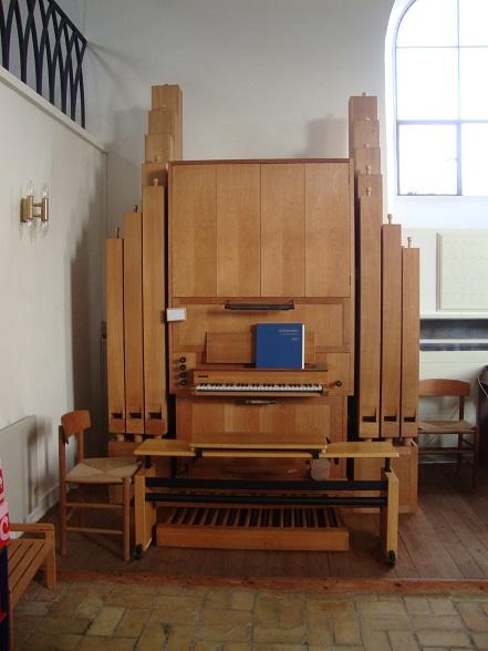 Aunsø Kirkes orgel - Leveret og opsat i 1970 som et Starup & Søn standardorgel. Foto: Flemming Paulsen