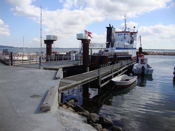 Nekselø Havn med den nye færge - d. 3. sept. 2014. Foto: Flemming Paulsen