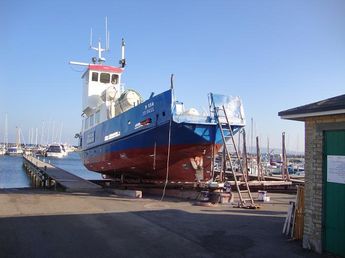 Den gamle Nekseløfærge på bedding i Havnsø okt. 2013. Foto: Flemming Paulsen